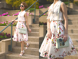 Julie Đặng - Steve Madden Nevrstp Wedges, Ann Taylor Petite Crepe Tie Neck Shell, Romwe Floral Pleated White Skirt, Rebecca Minkoff Mini Crosby Crossbody, Kate Spade Genette Sunglasses, Kate Spade Tiny Metro - Tippy Toes