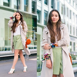 Romina Ch - Zara Trench, Atelier Laure Paschoud Shorts, Gucci Bag, La Halle Shoes - The Summer Trench