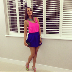 Amina Allam - Topshop Top, Romwe Skirt, Sophia Webster Flamingo Sandals - Girls' night out :)