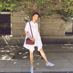 Frances Yang - Masion Margiela Shirt Dress, Celine Bag, Givenchy White Lace Shoes - All white