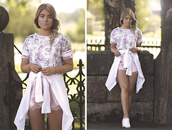 Fanny Lindblad - Missguided Shorts, Skopunkten Shoes - Sporty chic