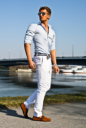 Darko Lukac - Tommy Hilfiger Chinos, Tommy Hilfiger Belt, Zara Driver Shoes - Take me to the Seaside