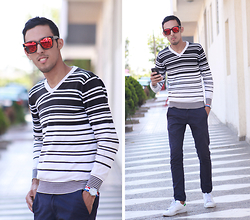 Ahmed Imoudrog - Zara Sweaters - OUTFIT OF THE DAY