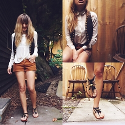 Gabriella - Topshop Shirt, Denim Co Shorts - Not just for sailors...