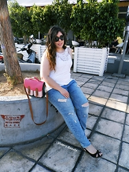 Despina Andreas - H&M Top, H&M Girlfriend Jeans, Local Store Shoes, Bershka Bag, Calvin Klein Sunglasses - Summer Street