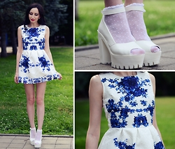 Kary Read♥ - Trendsgal Dress - Blue Flowers♥