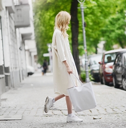 Ebba Zingmark - Monki Coat, Urban Outfitters Bag, Nike Id Sneakers - One of those nights