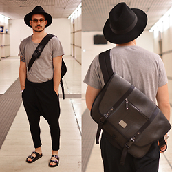Alessio Convito - Borsalino Hat, Seal International Bag, Cult Sandals, Zara Pants - Leave