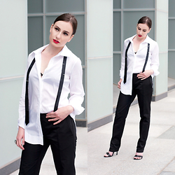 Anna Puzova - Trevira Tie, Silversands Blouse, Silversands Pants, Bakers Shoes - Chasing siLversands (Part 2)