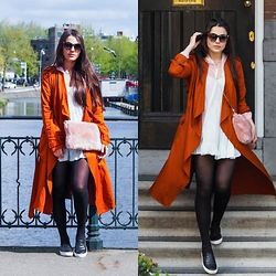 Yana P - Brandy Melville Usa Dress, Zara Trench - Amsterdam Canals