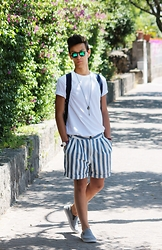 Marco Santoro - Ovs Tshirt, Zara Shorts, Kymesunglasses Sunglasses, Mercury Slippers - Fashion stripers