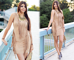 Reneta Kanevska - Boohoo Dress, Boohoo Necklace - Fringing Summer