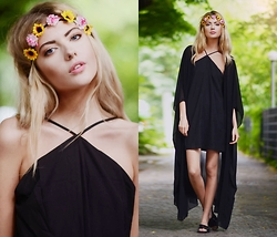 Ebba Zingmark - Missguided Headband, Missguided Dress, Missguided Shoes, Stylemoi Kimono - MIDSUMMER'S EVE