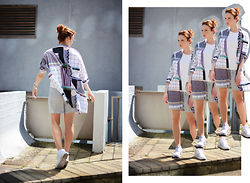 Sju Janosova - & Other Stories Shirt Dress, H&M Shorts, Nike Sneakers, H&M T Shirt - Graphic
