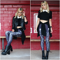Mickylene Delgado - Rebel Circus Skeletwin Leggings, Dresslink Loose Crop Top, Zaful Black Platform Boots - REBEL CIRCUS