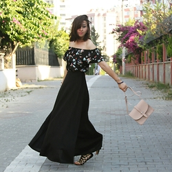 Duygu Trgt - Zara Top, Zara Sandals, Mango Bag - Good vibes