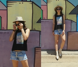 Hope Bidinger - Buffalo Exchange Shorts, Qtee Muscle Tank, Rope The Moon Rolling Stone Bracelet, Forever21 Faux Suede Hat, Uniqlo Black Sunglasses, Urbanog Sandals - Dots and Lines
