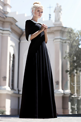 Krist Elle - Yuliya Babich Black Dress By Fashion Designer - AMEN