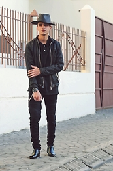 Reda Archane - Zara Biker, Massimo Dutti Black Polo, Zara Biker, Zara Shoes, Zara Black Fedora - Mj tribute