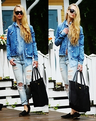 Amanda Essen - Calvin Klein Jacket, Hugo Boss Bag - All DENIM