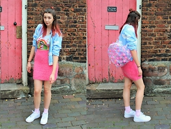 Nichola Rose - Shop Jeen Jacket, Primark Skirt, Motel Rocks Halter, Bone Idol Backpack - CLOUD JACKET/FLUFFY SKIRT