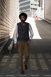 Dualleh Abdulrahman - No Brand Denim Vest Diy, Scotch & Soda Linen Henley Diy, River Island Dark Brown Tassel Loafer - Ootd 2