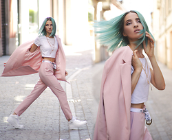 Gina Vadana - Sheinside Blazer, Nike Air Force 1 Sneakers, Asos Pants, Claires Accessories - GET A LITTLE PINKER