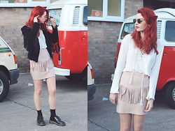 Hannah Louise - Urban Outfitters Fringed Suede Jacket, Dr Martens Shoes, Missguided Lace Up Shirt, Missguided Faux Suede Fringed Skirt - Fringed Skirt