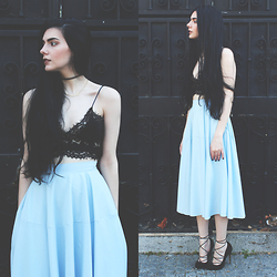CLAUDIA Holynights - Style Moi Lace Top, Chic Wish Midi Skrit - Lace and pastel blue