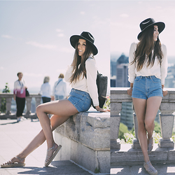Alison Liaudat - Asos Hat, La Redoute Jeanne Damas Shirt, American Apparel High Waist Short, Miista Jellies - Bound to Montréal