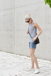 Blair B - Vince Slip On Shoes, Boyfriend Shorts, Aritzia Tank Top - MARLE GRAY