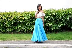 Jeanne Khe - Cruella & Co Blue Flowy Maxi Skirt - Blue Belle