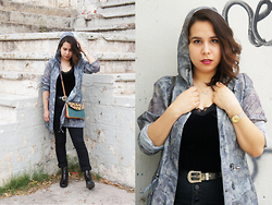 Nelly Ojeda - Souvenir From Southafrica Leopard Print Bag, Zara Chelsea Boots, Local Boutique High Waisted Jeans, Sainsburys Tu Olive Windbreaker, Vintage Belt, Miust De Cartier, Thrifted Velvet Camisole - How I Style The Wind-Breaker!