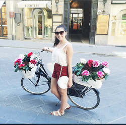 Madison S - Zara Red Shorts, Gucci Vintage Bag - Riding Around Florence