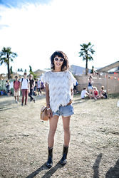 Leeloo P - Top Topshop, Shoes Aigle, Short Levis, Bag Chloe - Solidays