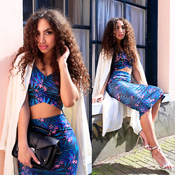 Larissa B. - Coolcat Floral Palm Tree Print Dark Blue Twinset Two Pieces Set, Coolcat Floral Palm Tree Print Dark Blue Twinset Two Pieces Set, Missguided Silver Strappy Heels, Front Row Shop Beige White Maxi Trench Coat - Tropical vibes