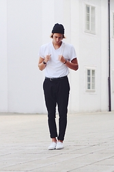 Richy Koll - Vans Sneakers, H&M Pants, H&M T Shirt (Basic), Baggy, H&M Cap -  ✈️...fashionweek