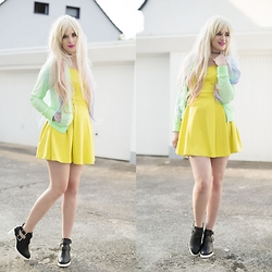 Andrea Funk / andysparkles.de - Bershka Dress, Abhair Wig - Bold Blonde - for 1 Day
