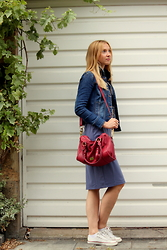 Karolina - Love Moschino Bag, True Religion Sneakers, Earl Jean Denim Jacket, H&M Dress - Sporty chic