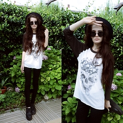 Anna Garavello - Thrifted Hat, Pimkie Round Sunglasses, Obey Skull Top, H&M Skinny Jeans, Underground Creepers Shoes - Obey USA