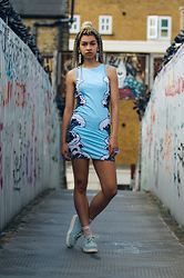 Choom Chan - Illustrated People Wavey Dress, Underground Creepers - Riding the waves