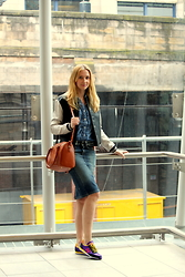 Karolina - New Balance Sneakers, Zara Skirt, H&M Denim Shirt, New Look Bomber Jacket, Modalu Bag - Double denim