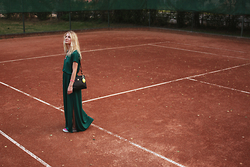 Julianna Ivicic -  - Tennis court