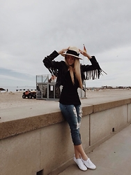 Joicy Muniz - H&M Hat, H&M Sunglasses, Style Moi Jacket, Love Luxo Shirt, Ocean Fashion Jeans, H&M Shoes - My saturday with fringes