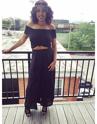 Tkeyah Grier - H&M Off Shoulder Shitt, Charlotte Russe Palazzo Pants, Urban Outfitters Head Chain - 21