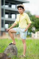 Jared Caagbay - Topman Peppermint, Bench/ Ph The Summer Collection: Board Shorts, Forever 21 Mandals - Lime