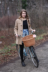 Kristina H. - Vintage Coat, Topshop Skirt - A Bicycle Girl