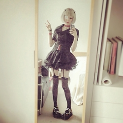 Fin ☆ - Demonia Platform Mary Janes, Topshop Dress, Glavil By Tutuha Waist Belt - 120715