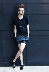 Alberto Degano - Dolce & Gabbana T Shirt, Pimkie Shorts, Curch's Shoes - 11.7