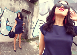 Ka Martins - Marsala Earrings, Navy Lace Dress, Navy Hat, Black Peeptoe, Black Sunnies, Rebel Lipstick, Buterflies Bag - Fé em Deus...
